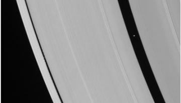 dovezi-inelele-praf-stele-planete2