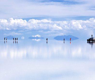 reflection-salar-de-uyuni-bolivia