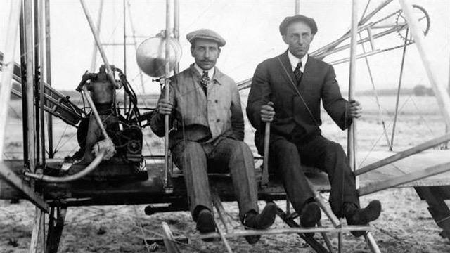 Frații Wright - inventatorii primului avion propulsat cu motor din SUA,  erau creștini smeriți | Centrul de Studii privind Facerea Lumii